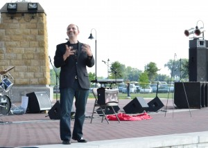 Magician MC for Fundraiser Concert Feed the Need 2012